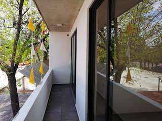La vista del pasillo desde la puerta en Departamento en venta en Asturias 76m²