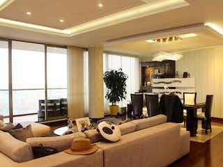 Una sala de estar llena de muebles y una televisión de pantalla plana en Apartamento en venta en Ciudad Jardín Norte de 266m² con Zonas húmedas...