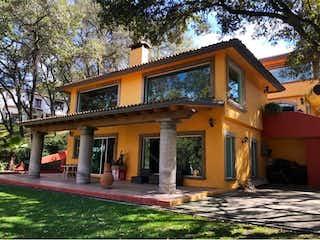 Casa en Venta en Hacienda de Valle Escondido Atizapán de Zaragoza