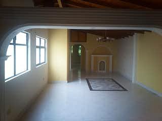 Una habitación que tiene una ventana en ella en Apartamento en venta en Estadio, 100m²