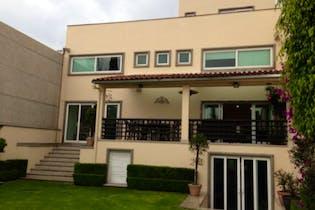 Casa en venta en Pedregal 650m2 con jardín