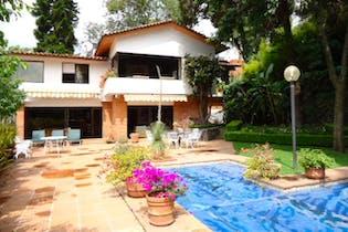 Casa en venta en Tetelpan, 374 m² tipo hacienda con alberca