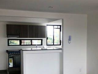 Una cocina con un fregadero, una estufa y una ventana en VENTA DEPARTAMENTOS SAN PABLO TEPETLAPA APA_682 AG