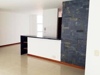 Un cuarto de baño con lavabo y bañera en Apartamento en Venta en Envigado Loma Benedictinos