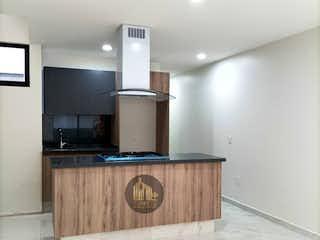 Una gran cocina con una gran encimera en NUEVOS!! CON ROOF GARDEN