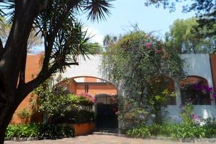 Casa en venta en San Angel, 718 m² con jardín y patio