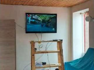 Una imagen de una sala de estar con una ventana en Casa en venta en Chicalá, 65mt