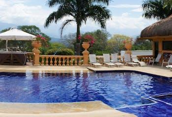 Finca en Venta en Santa Fé de Antioquia, cuenta con 8 alcobas, jacuzzi y piscina.