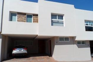 Casa en venta en Pueblo Nuevo, 208 m² en condominio