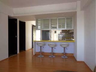 Un cuarto de baño con lavabo y un espejo en Casa en Venta en Tacuba Miguel Hidalgo