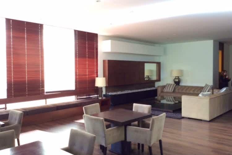 Portada Apartamento en Bogotá-Chico, cuenta con 2 alcobas y 2 garajes.