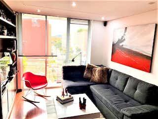Una sala de estar llena de muebles y una ventana en Apartamento en venta en Contador con Bbq...