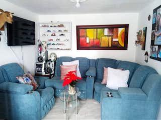 Una sala de estar llena de muebles y una ventana en ZKS-1 Apartamento en venta, Bosa Recreo