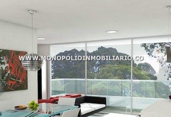 Apartamento En Venta - Sector El Chinghi, Envigado Con Parqueadero Cubierto.