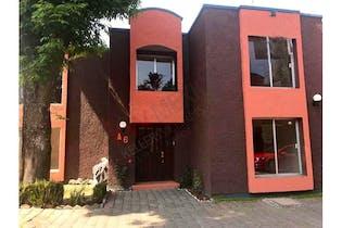 Casa en venta en San Lorenzo 181m2 con 3 recamaras
