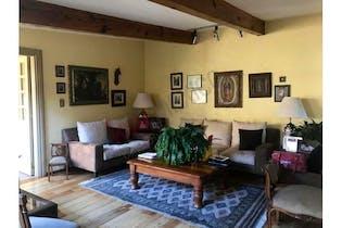 Casa en venta en Las Aguilas 414.68m2 con 2 recamaras