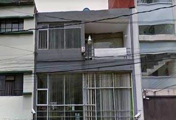 Casa con uso de suelo en venta en Hipodromo Condesa 303 m²