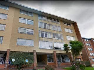 Un gran edificio con un gran edificio en el fondo en Apartamento En Venta En Bogota Alhambra