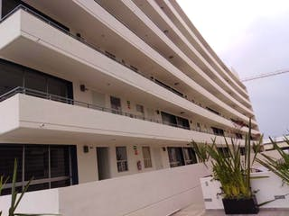 Una vista de un edificio con una planta en maceta en Departamento en venta en Agrícola Oriental 65m² con Jardín...