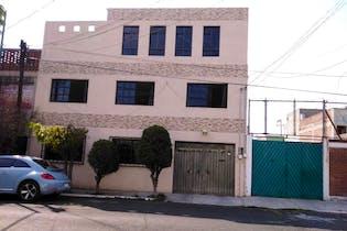 Casa en venta en Reforma Iztaccihuatl 300m2 con 4 recamaras