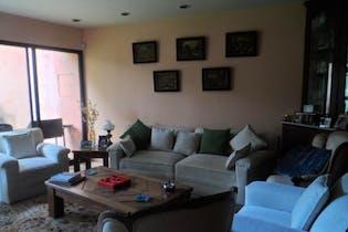 Casa en venta en Col. Florida, 439 m² con jardín