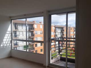 Una gran ventana con un montón de ventanas en Se vende apartamento Arboleda san rafael, zipaquira