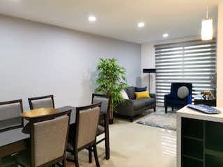 Una sala de estar llena de muebles y una televisión de pantalla plana en Eje Central 1093
