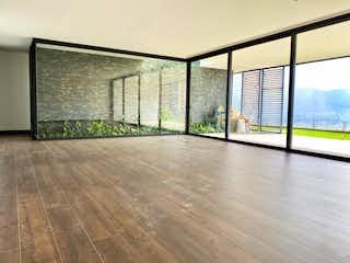 Una habitación muy bonita con una gran ventana en Apartamento en venta en Las Palmas con acceso a Jardín
