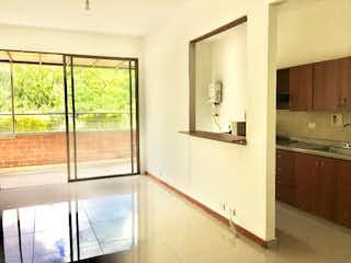 Un cuarto de baño con lavabo y bañera en Apartamento en venta en Castropol con acceso a Zonas húmedas