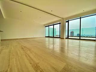 Una vista de una sala de estar con suelos de madera en ESTRENE PENT HOUSE  CON GRAN TERRAZA PRIVADA DE 50m2 EN INSURGENTES MIXCOAC
