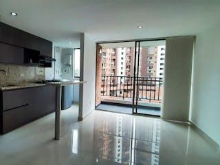 Una cocina con nevera y una estufa en Venta apartamento en Rodeo Alto, Belén