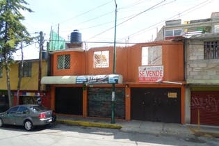 Casa en venta en Tlalpan con uso de suelo 227 m²