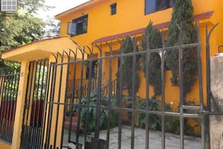 Casa en venta en Miguel Hidalgo,  151 m² en calle cerrada