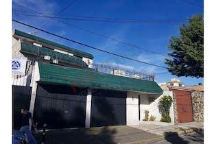 Casa en venta en San Lorenzo 364m2 con jardín