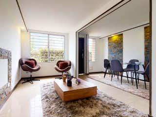 Una sala de estar llena de muebles y una ventana en Apartamento en venta en Valladolid, 86m² con Gimnasio...
