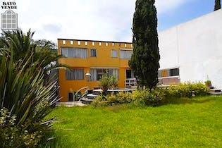 Casa en venta en Pedregal, 740 m² con alberca