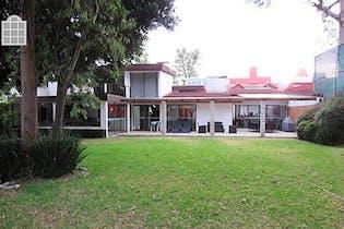Casa con uso de suelo en San Jerónimo Lídice, 400 m² con jardín