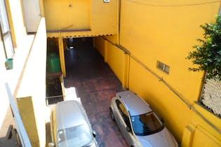 Casa en Venta  en Tlalpan, Tlalpan, con uso de suelo