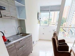 Un cuarto de baño con lavabo y bañera en Apartamento en venta en Parque de 3 hab. con Piscina...