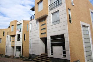 Casa En Venta En Bogota Cerros De Suba, con 4 habitaciones
