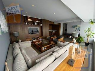 Una sala de estar llena de muebles y una mesa en Departamento en venta en Lomas De Vista Hermosa de 220m² con Jardín...
