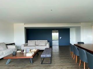 Una habitación llena de muebles y una gran ventana en Reforma Santa Fe oportunidad, Departamento en venta en El Yaqui con acceso a Jardín
