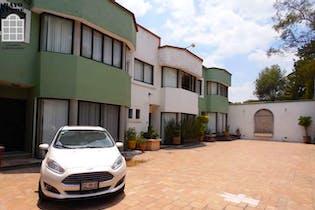 Casa en venta en Jardines del Pedregal, 200 m² en condominio