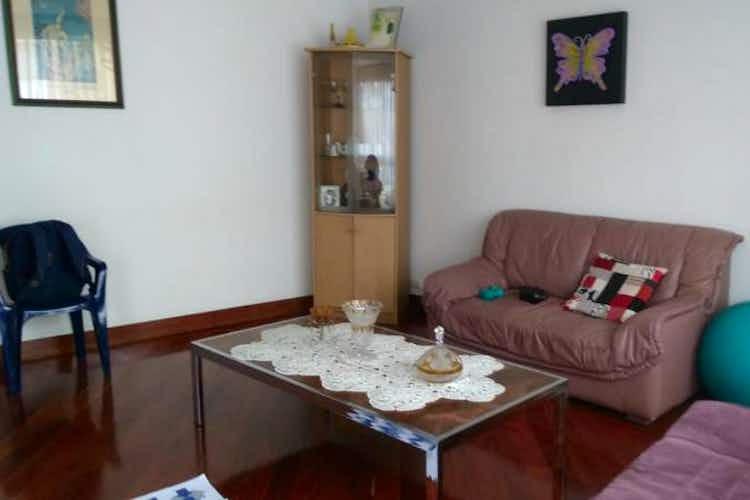 Portada Apartamento en venta en Contador, 83mt con balcon.
