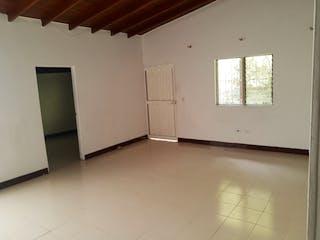 Un baño con un lavabo y una ventana en Casa en venta en Velódromo 113m² con Balcón...