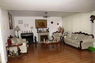 Casa en venta en Campestre Churubusco, 309 m² con jardín