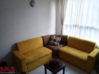 Una sala de estar llena de muebles y una ventana en Torreon de santa lucia (San Javier #2)