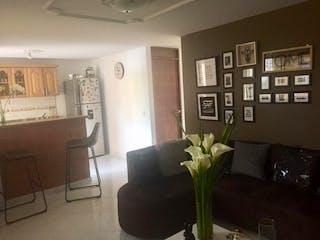 Una sala de estar llena de muebles y una planta en maceta en Apartamento en venta en La Candelaria, 62m² con Balcón...