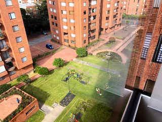Una vista de una calle en una ciudad en Apto Conjunto Arboleda Del Country Club 141m 3 Alc
