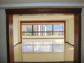 Una ventana en una habitación con una ventana en PENTHOUSE DUPLEX A LA VENTA EN LA LOMA DEL TESORO EXCLUSIVA UNIDAD